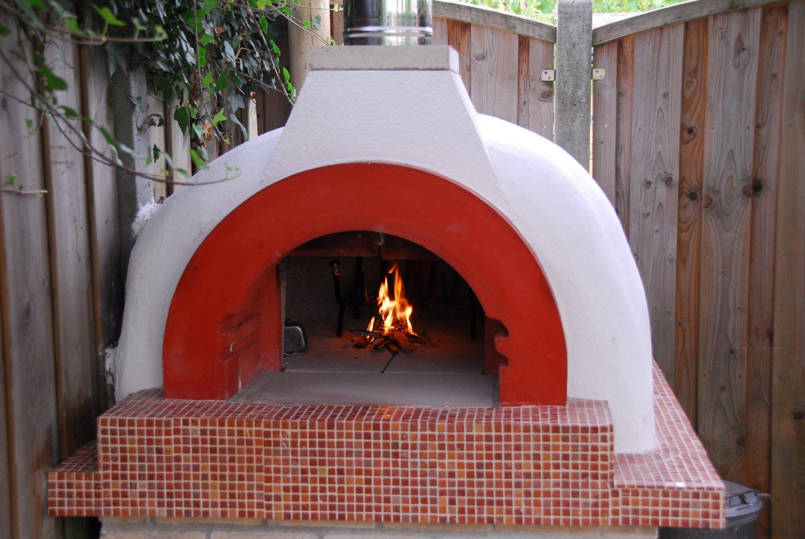 Forno a legna domestico capri zio ciro forni a legna all 39 italiana - Forno per pizza domestico ...